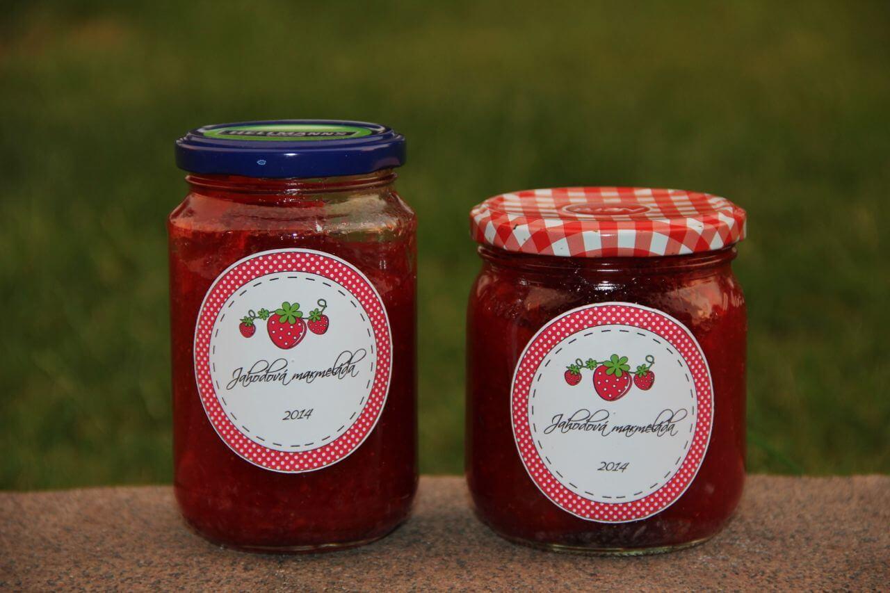 Nejen marmeládu jste si určitě nejednou koupili v podobné skleničce